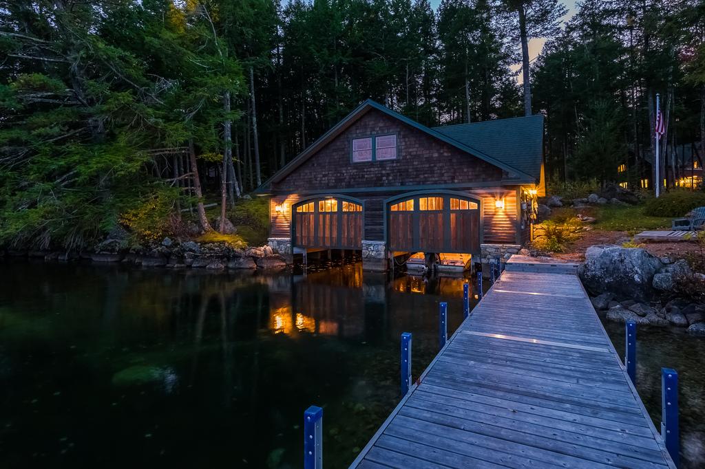 Lake Winnipesaukee Luxury Homes